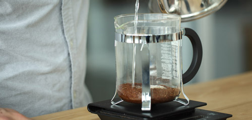 Pha cafe bằng bình French Press
